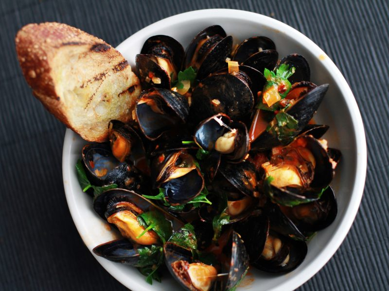 Andrew Zimmern's Mussels Fra Diavolo