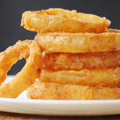 Andrew-Zimmern's-Onion-Rings