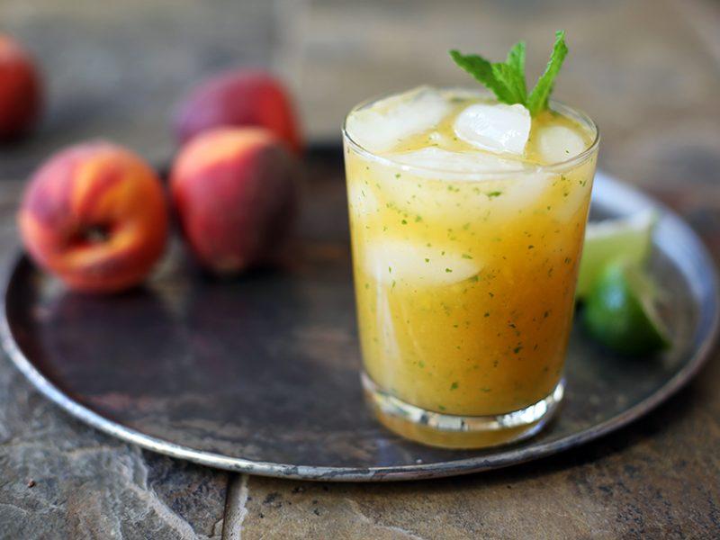 Peach cocktail||Peach gin cocktail
