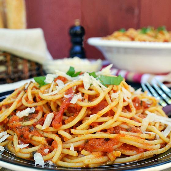 Spaghetti with Classic Tomato Sauce