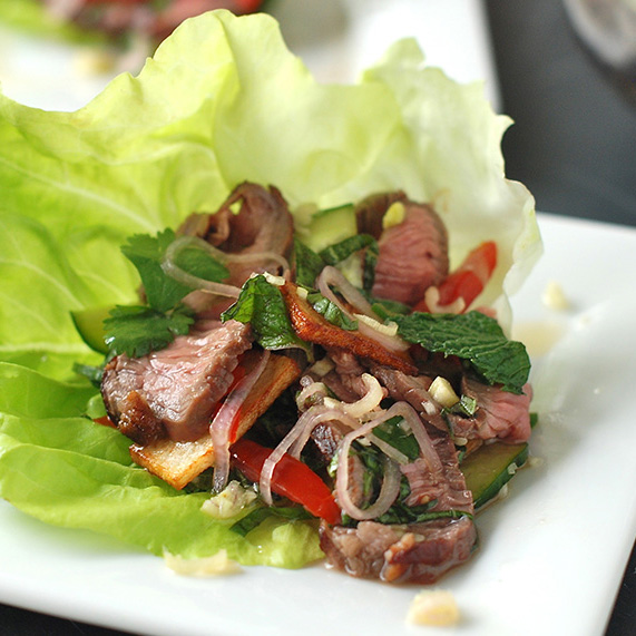 Thai-Style Spicy Grilled Beef Salad