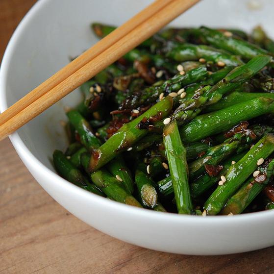 Wok-Tossed Asparagus in Black Bean Sauce